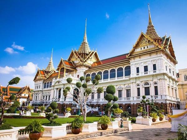 Private tour guide Prayuth