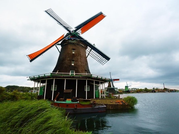 Day trip to Zaanse Schans, the Windmill Village