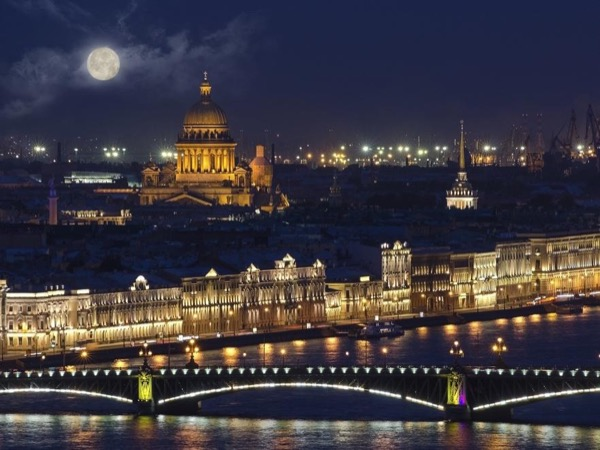 St. Petersburg Night City Private Tour