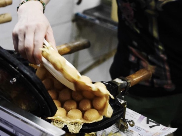 Eat Like Bourdain In Hong Kong (For 4 people)