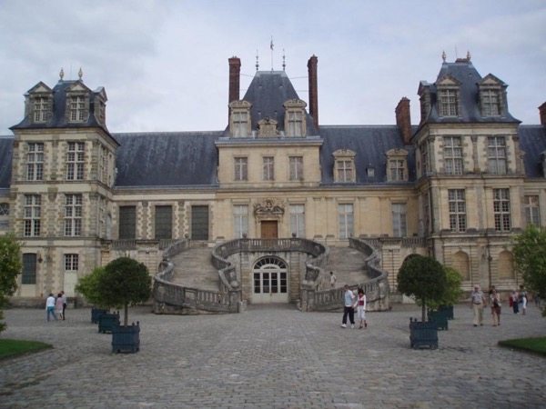 Day trip  by car to Fontainebleau, Barbizon village, hiking in the forest