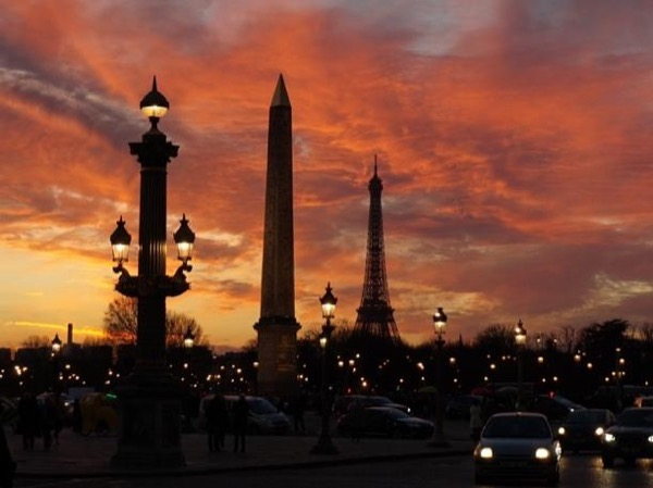Full day Paris customized tour with private car