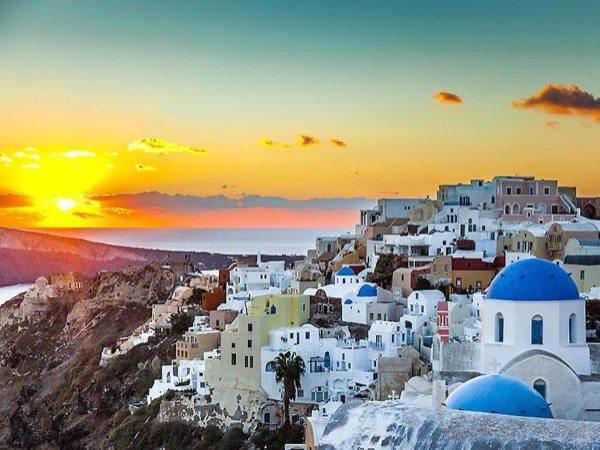 All about Santorini in a day - Private Tour