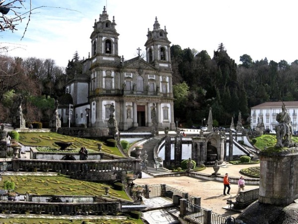 Private Tour to Braga & Guimarães .