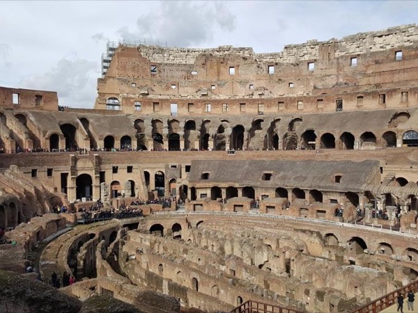 Private Transfer from Rome to Sorrento with stop in Pompeii