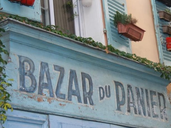 Private City tour and conversational French Language class in Marseille : 2 hours