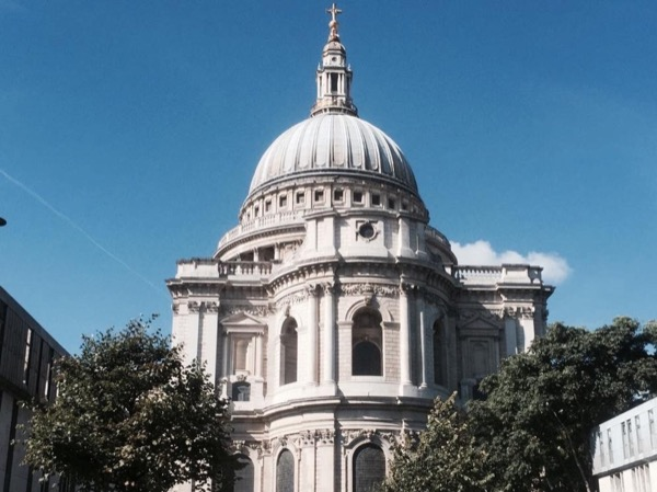Traditional London 2.5 Hour Walking Tour of The City