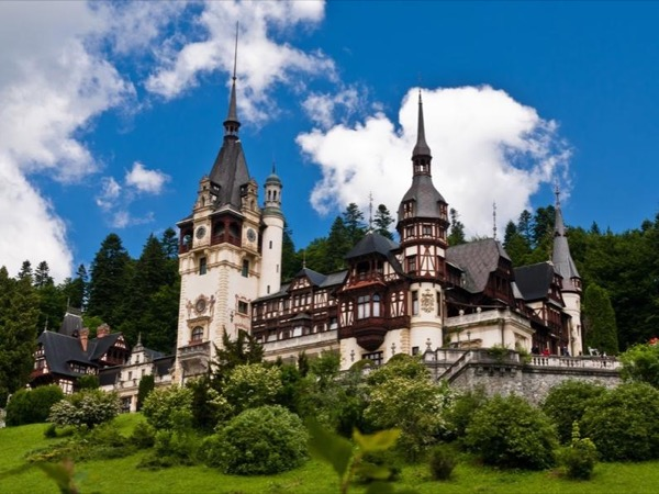 Day trip to Royal Summer Residence Peles Castle