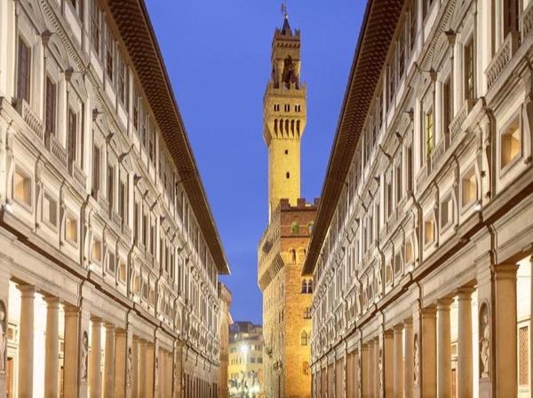 Special guests- Uffizi Tour
