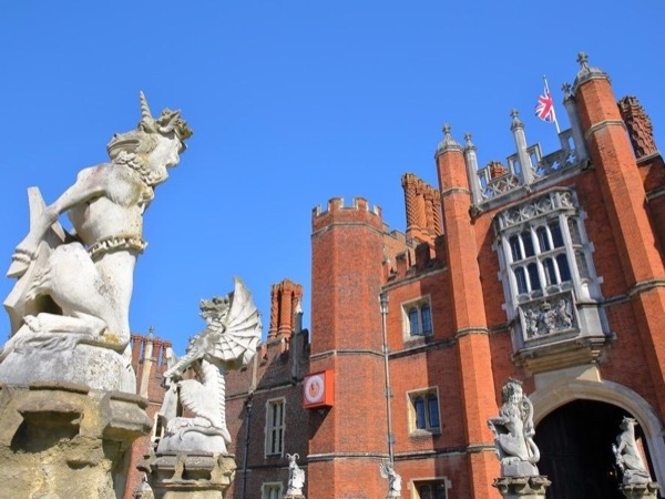 Hampton Court Palace Half Day Private Tour