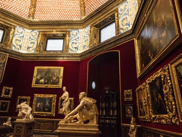 Treasures of the Uffizi Gallery