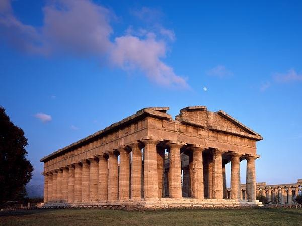 Paestum and mozzarella farm