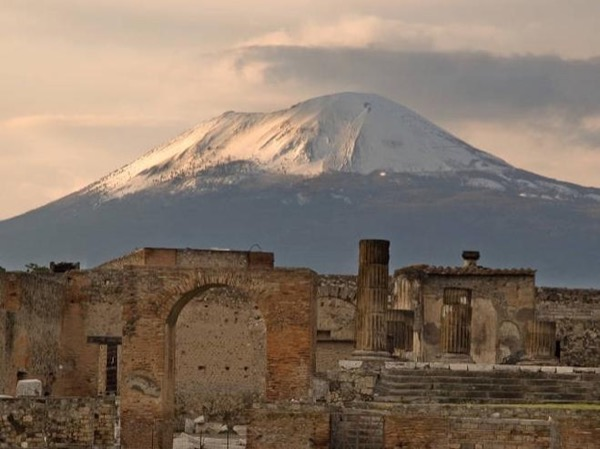 Mt. Vesuvius and Pompeii with private transportation