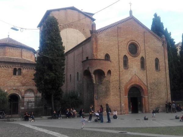 Get-to-know Bologna private tour