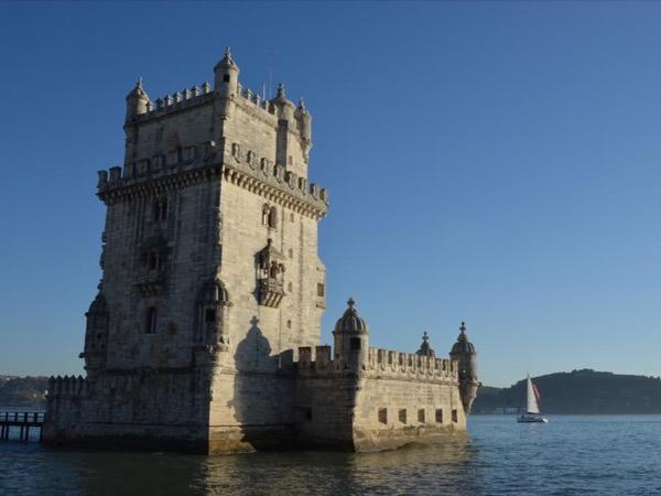 Essential Lisbon by Car