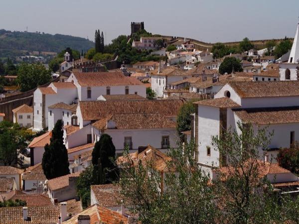 North of Lisbon - Óbidos, Nazaré and Fatima