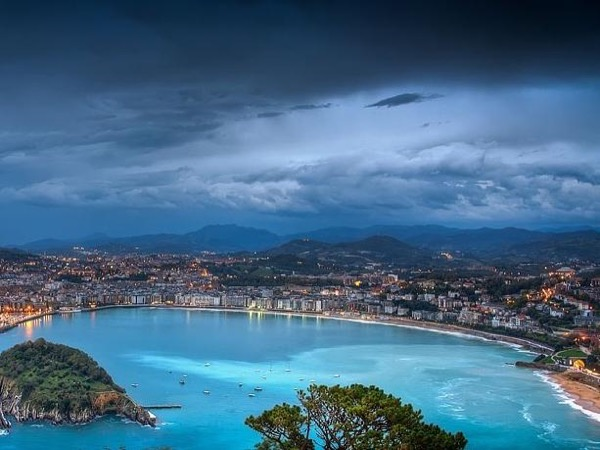 San Sebastian city tour