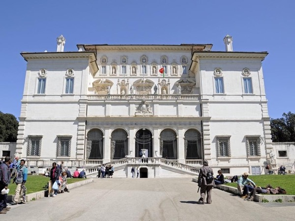 Skip the line: Rome's Galleria and Villa Borghese private Tour