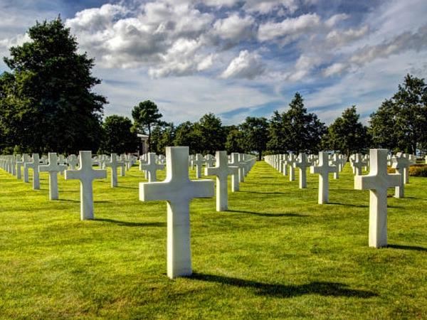 Normandy Landing Beaches Extended Day Trip (12 hours)
