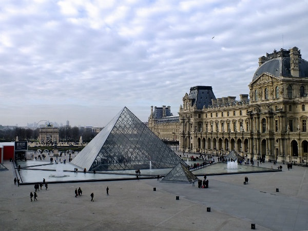 Paris and Louvre Museum Tour (8 Hours)