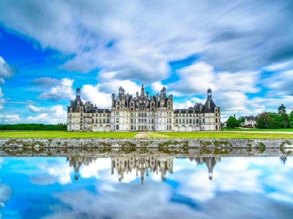 Loire Valley Castles Tour (12 hours)