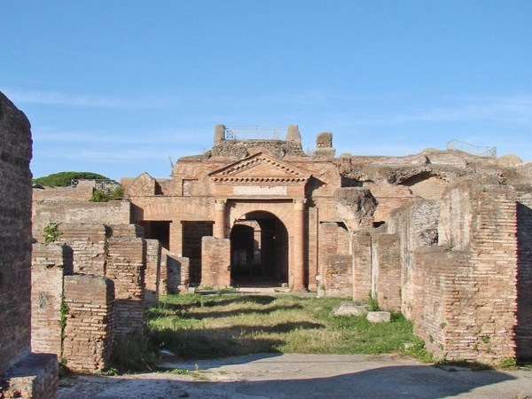 Rome's Ostia Antica walking tour