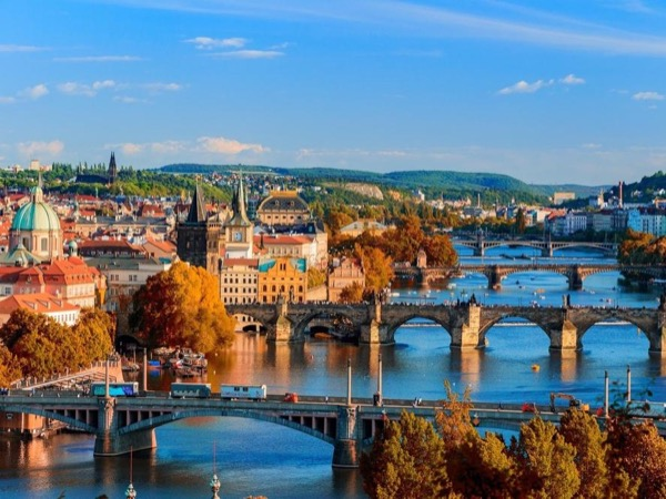 Highlights of Prague With Boat Trip Private Walking Tour