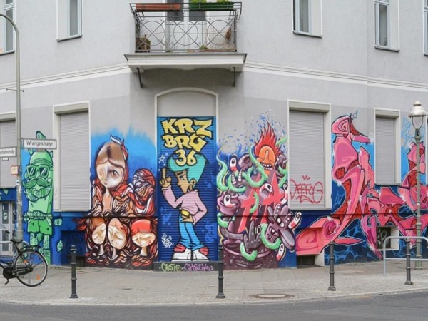 Colours of Berlin ~ Art, Graffiti, Food & Culture