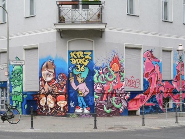 Colours of Berlin ~ Art, Graffiti, Food & Culture