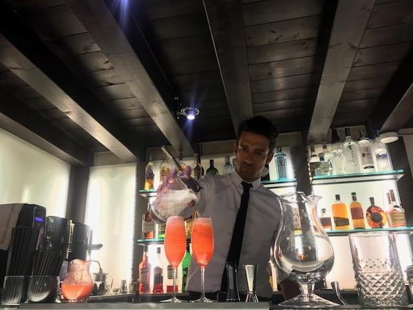 Hidden Venice tour + Bellini cocktail class: Both cultural and fun!