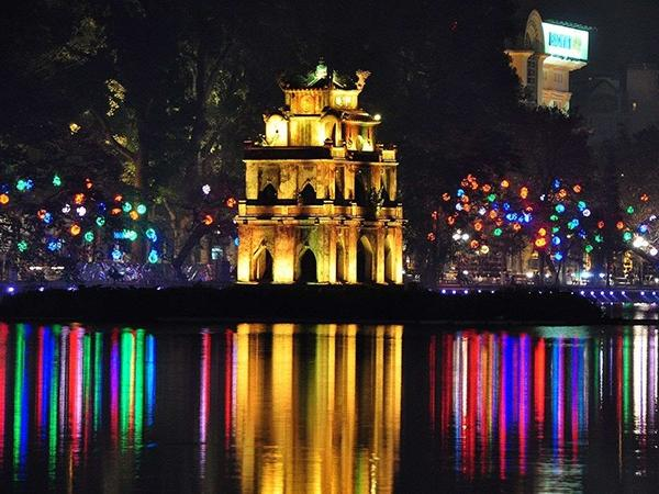 Hanoi By Night Tour, including water puppet show and cyclo tour