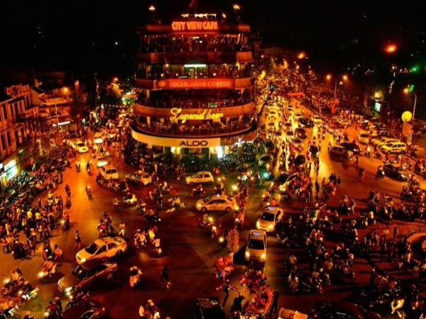 Shore excursion tour: Hanoi by night & Hanoi city tour
