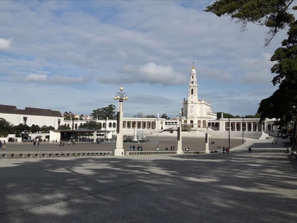 Fatima, Coimbra and Aveiro Private Tour (Full day)