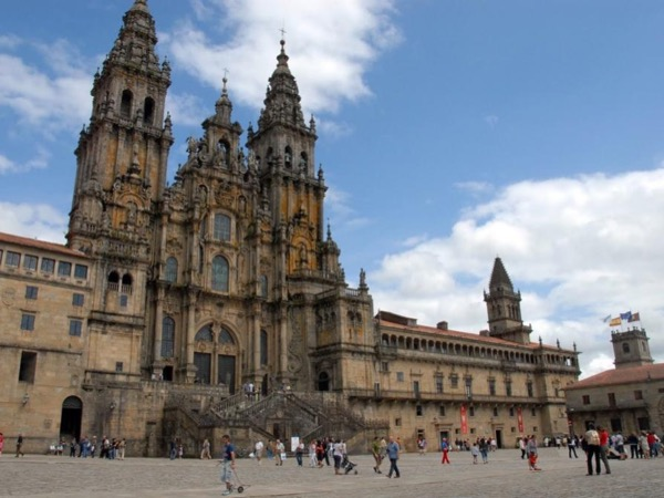 Santiago Compostela Private Tour From Porto