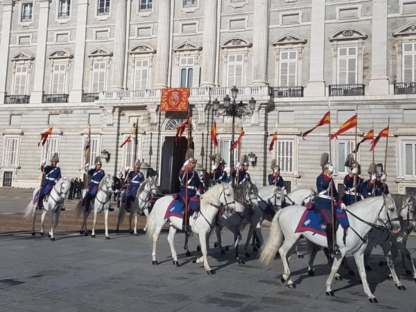 Royal Palace and Madrid Oldtown Private Tour