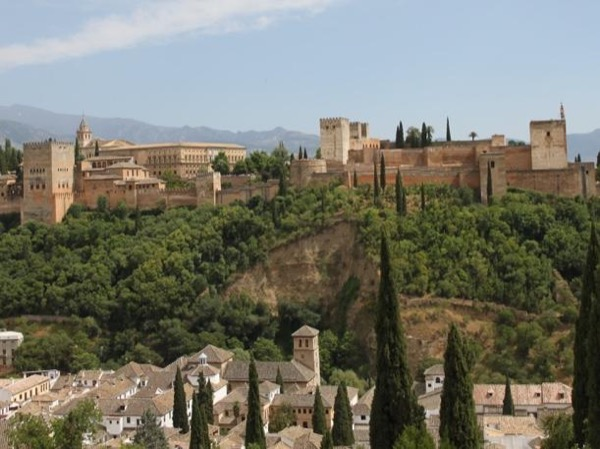 Private walking tour: Visit to the Alhambra - World Heritage since 1984