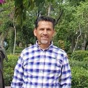 Private tour guide Lino Gabriel