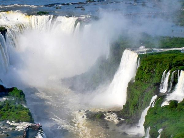 Full Day in Iguassu Included Transfer In and out IGU Airport ( BRAZIL).