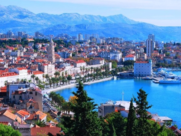 UNESCO Sites: Split and Trogir Private Tour from Sibenik