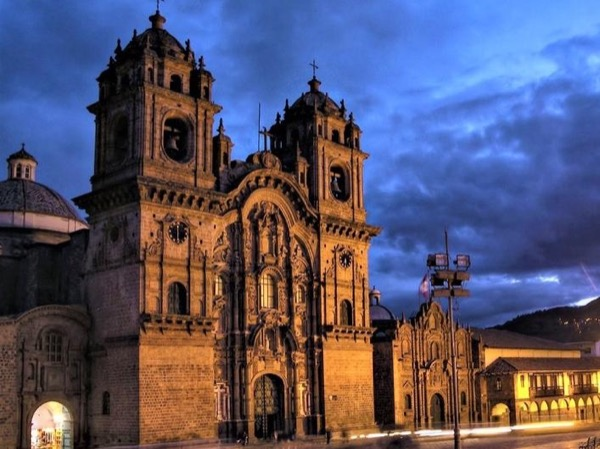 Best of Cusco City by Night, Walking Tour, Pisco Sour and Traditional Dinner Private - Tour