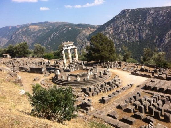Private Delphi Full-Day Tour from Athens