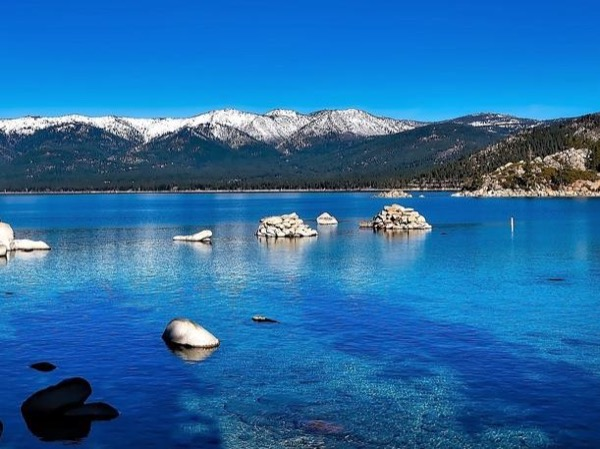 Private Tour of Clear Blue Lake Tahoe (2 days)