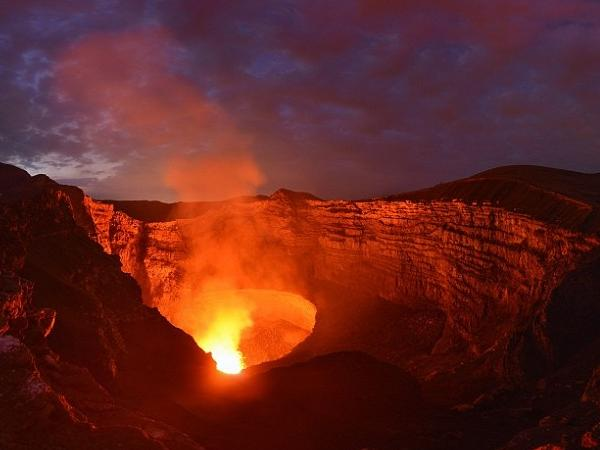 Masaya Volcano Night Tour from Managua or Granada