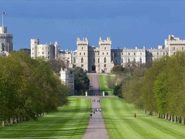 Windsor Castle Day Tour - departing from Brighton