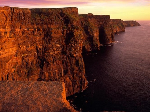 Private Day tour to Cliffs of Moher