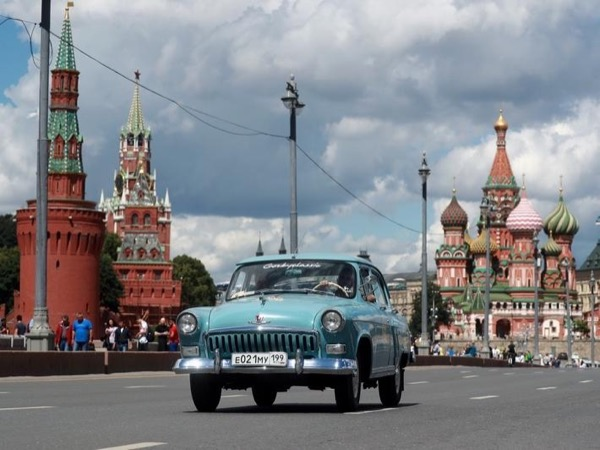Moscow Highlight Private tour (driving city tour and the Kremlin tour)