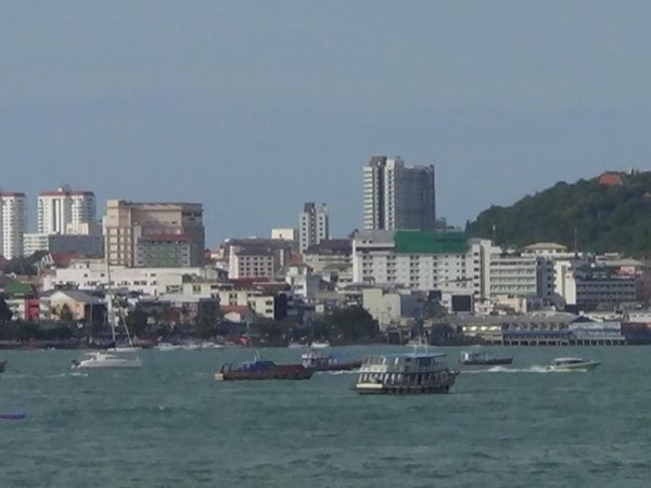 Laem Chabang or Pattaya ✧ within the same provincial area in Cholburi - not for Bangkok ::: The Local Guide & A Private Car