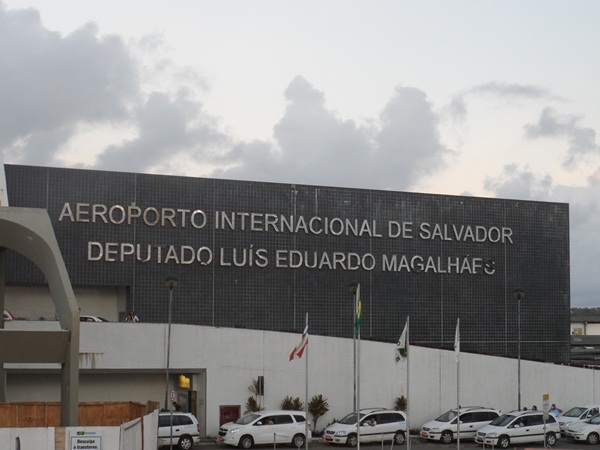 Transfer Airport - Hotel in Salvador.