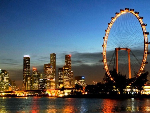 REMARKABLE Singapore Customized Night Tour (4 or 5 or 6 hours)