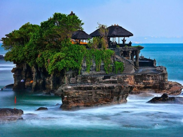 Tanah Lot and Uluwatu Sunset Tour- Bali Private Tour to Explore South Coast of Bali